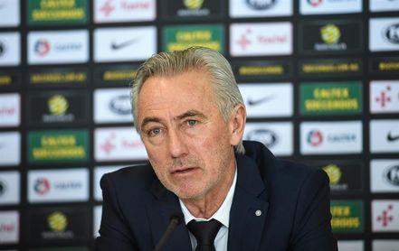 Van Marwijk mantiene la confianza en el ´eterno´ Tim Cahill