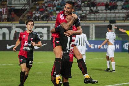 1-0. Colón completa su dominio sobre el Zamora y se clasifica a segunda fase