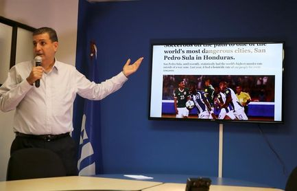 El presidente de la federación hondureña pide tiempo para reemplazar a Pinto