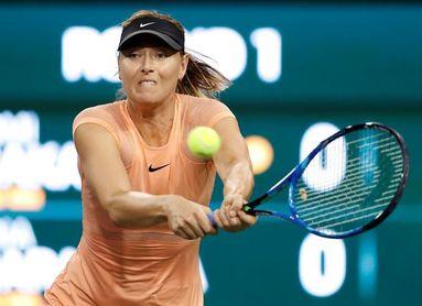 Sharapova cae en primera ronda frente a la japonesa Naomi Osaka