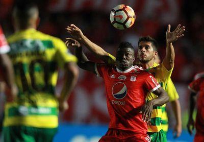 0-3. Defensa y Justicia golea al América y avanza en la Sudamericana