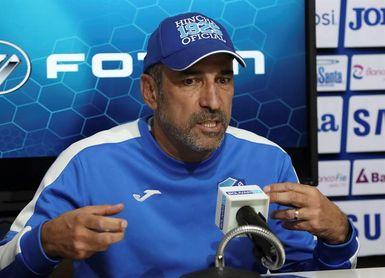El entrenador del Bolívar prevé un partido muy técnico con Colo Colo