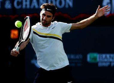 Federer tumba a Chardy y pone la directa a cuartos de final