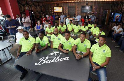 Alianza le pisa los talones al líder del fútbol en Panamá, el Árabe Unido
