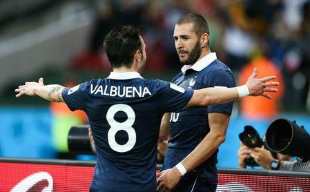 """Benzema a Valbuena, sobre un posible saludo: """"Guarda tu mano"""""""