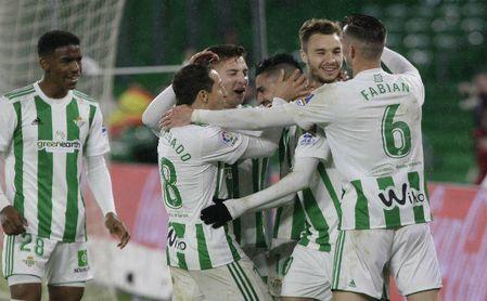 Los jugadores verdiblancos celebran el gol de Francis ante el Espanyol.