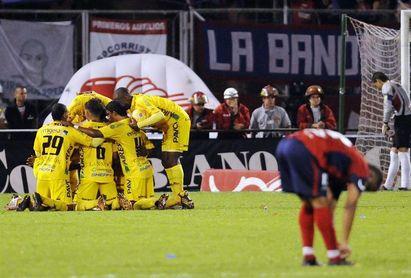 Millonarios sigue en barrena y pierde 2-0 con Junior en la Liga colombiana