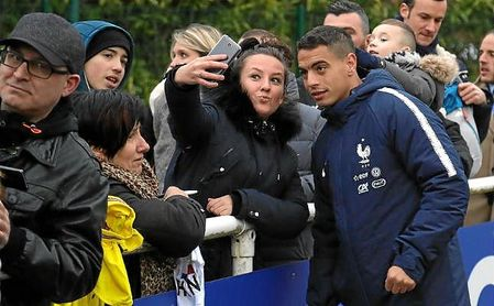 """Ben Yedder: """"No estoy aquí por mi doblete en Old Trafford"""""""