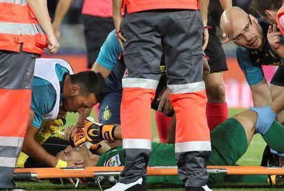 Andrés Fernández recibe el alta tras siete meses lesionado de la rodilla