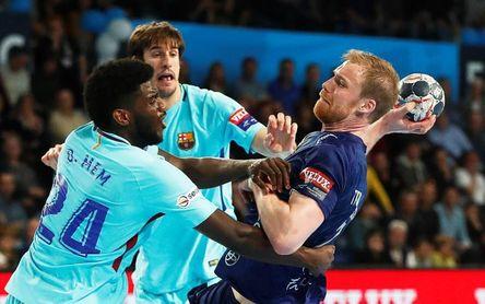 28-25. El Barça deberá remontar en el Palau para superar los octavos
