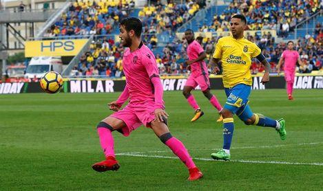 Levante afronta un abril clave para salvarse con Las Palmas como gran rival