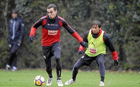 Escalante se entrena junto a Unui, en un entrenamiento reciente.
