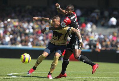 Colombiano Jiménez destaca ofensiva del líder Santos Laguna, su próximo rival