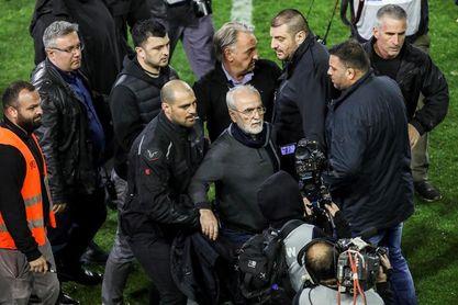 El supervisor del fútbol griego recomienda la expulsión de torneos internacionales