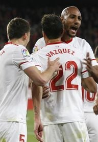Un gol de Franco Vázquez pone al Sevilla por delante en el descanso