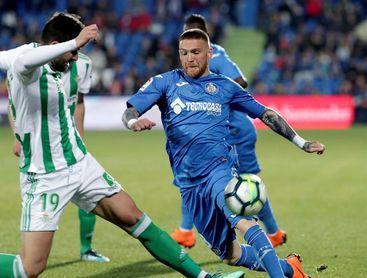 0-1. Sergio León hace soñar al Betis con Europa