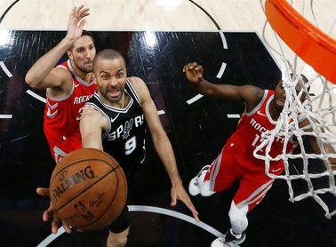 100-83. Aldridge y Gay lideran el triunfo de los Spurs ante unos Rockets sin presión