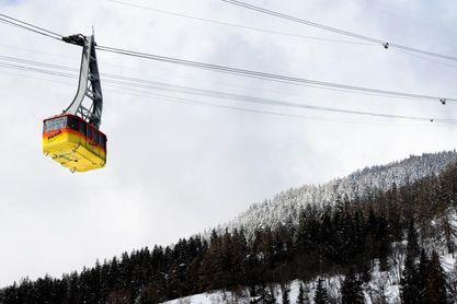 La identificación de los alpinistas españoles muertos en una avalancha, en su etapa final