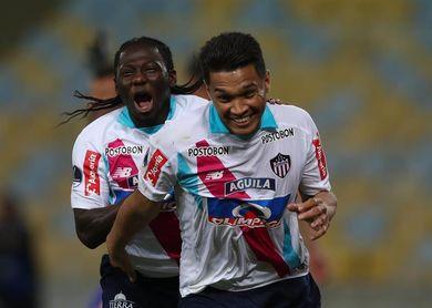 Junior viaja a Buenos Aires con bajas en la defensa para jugar con Boca Juniors