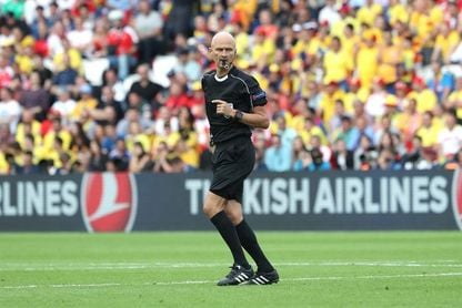 El ruso Sergei Karasev arbitrará el Atlético de Madrid-Sporting
