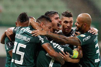 2-0. Con gol del colombiano Borja, Palmeiras gana y es más líder del grupo H