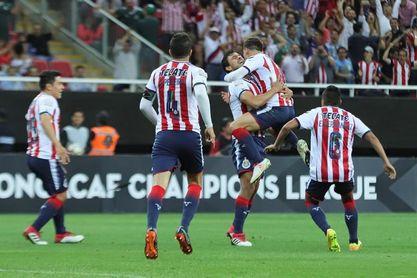 1-0. Las Chivas de Guadalajara vencen al Red Bulls con un gol de Isaac Brizuela