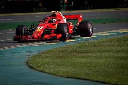 Raikkonen fue el más rápido en el último libre; Sainz octavo y Alonso décimo