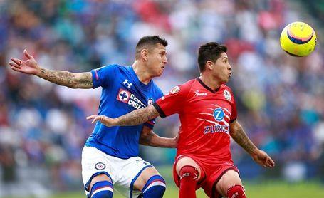1-0. El español Méndez le da la victoria a Cruz Azul sobre los lastimados Lobos