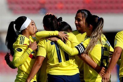 Con triplete de Usme, Colombia golea a Paraguay y lidera el Grupo A