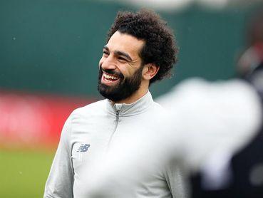 El City sale con defensa de tres; Salah vuelve al once en el Liverpool