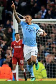 Un gol de Gabriel Jesús da esperanzas al Manchester City al descanso (1-0)