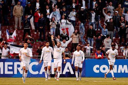 El argentino Gabbarini salva el triunfo de Liga de Quito, y queda a un punto del líder