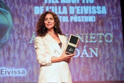 Ibiza rinde homenaje a Ángel Nieto con el título de Hijo Adoptivo