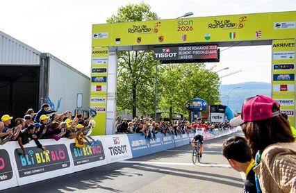 El belga Thomas de Gendt gana la segunda etapa tras una larga escapada