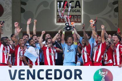 2-1. El Aves sorprende al Sporting y se lleva la Copa de Portugal