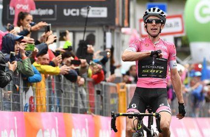 El líder Yates gana su tercera etapa con una exhibición en Los Dolomitas
