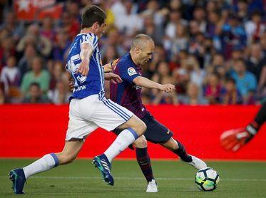 Primer tiempo sin goles entre Barça y Real Sociedad en el adiós de Iniesta