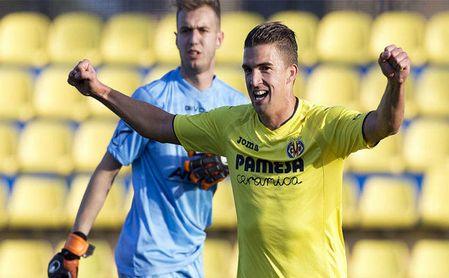Carlos López en el Villarreal B, antes de poner rumbo al Wisla Cracovia.
