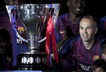 LaLiga crece convirtiendo en leyendas a Iniesta, Torres y Xabi Prieto