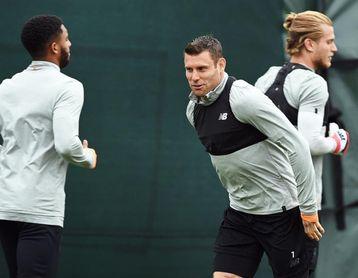 Milner y Can se entrenan con normalidad en Anfield y apuntan a Kiev