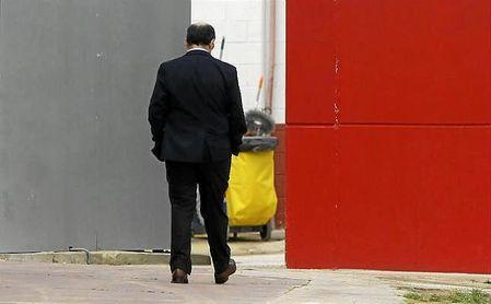 El presidente José Castro sigue sin anunciar un nuevo director deportivo para el Sevilla Fútbol Club.