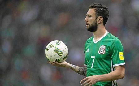 Layún participó mucho en el juego de México.
