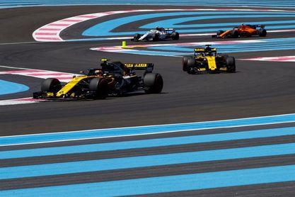 """Sainz: """"Estoy muy contento con el coche pero podemos mejorarlo para mañana"""""""