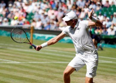 Anderson vence a Isner ´hombre maratón´ y logra la final de Wimbledon