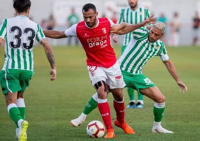 1-1: El Betis no puede con un Sporting de Braga que acabó con ocho