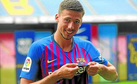 Clément Lenglet, en su presentación como futbolista del FC Barcelona.