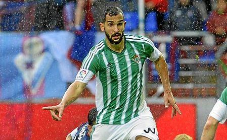Montoya podría volver a recorrer la banda del Villamarín vestido de verdiblanco.