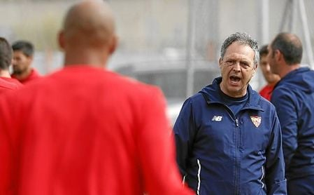 Nzonzi, cerca de los 30 años, quiere marcharse del Sevilla FC.