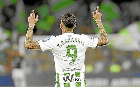 Sanabria, delantero del Betis.