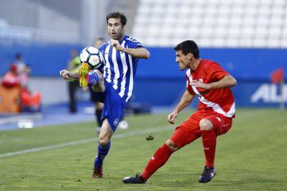 Instantánea del último Lorca-Sevilla Atlético.